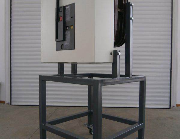 Design and production of training stand for medium voltage circuit breaker type LF (Schneider Electric).